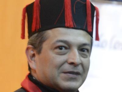 DR. HÉCTOR DE LA CRUZ GÓMEZ