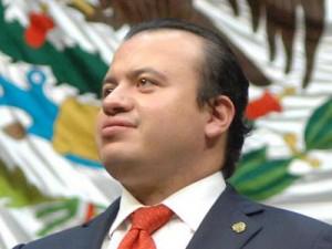 DR. RUBÉN ÁNGEL MANRÍQUEZ SALAS
